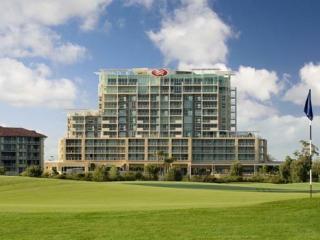Pelican Waters Golf Resort & Spa